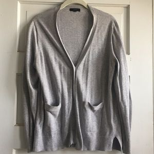J Crew button front v-neck cardigan with pockets